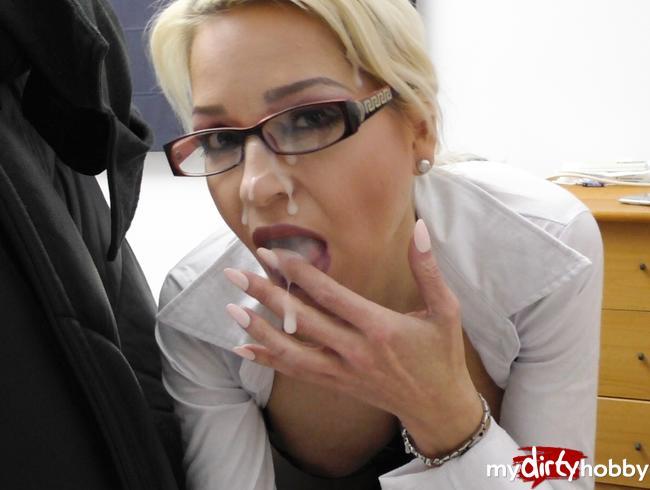 - Sexuelle Belestigung am Arbeitsplatz mit Megacumshot !!!