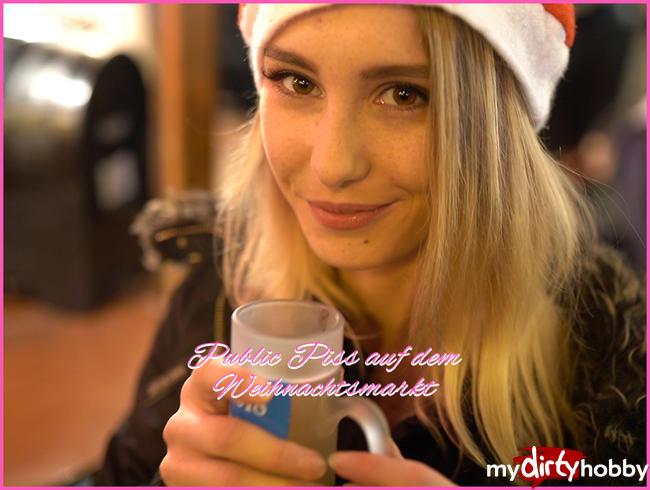 Hanna-Sweet - Public Piss auf dem Weihnachtsmarkt :)