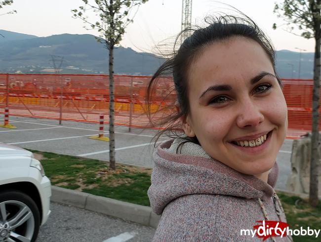 Jenny_Stella  - Publik und frech auf dem Rastplatz kurz vor dem Brenner! So kann die Deutschaldtour losgehen!