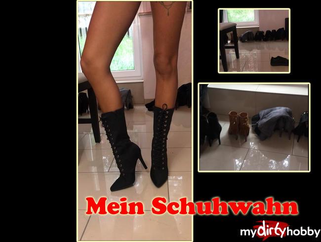 - Meine Schuhsammlung im Nutten Outfit präsentiert mit Nackt Fuß