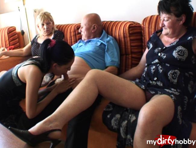 - Opa geblasen und zwei Omas schauen zu!